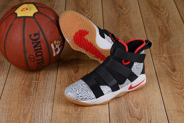Nike Lebron James Soldier 11 Shoes Red Devil